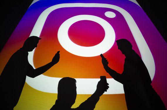 اینستاگرام متعلق به فیسبوک ویژگی استوری های بی دوام را در سال 2016 معرفی کرد و این ویژگی روز به روز محبوبتر میشود.