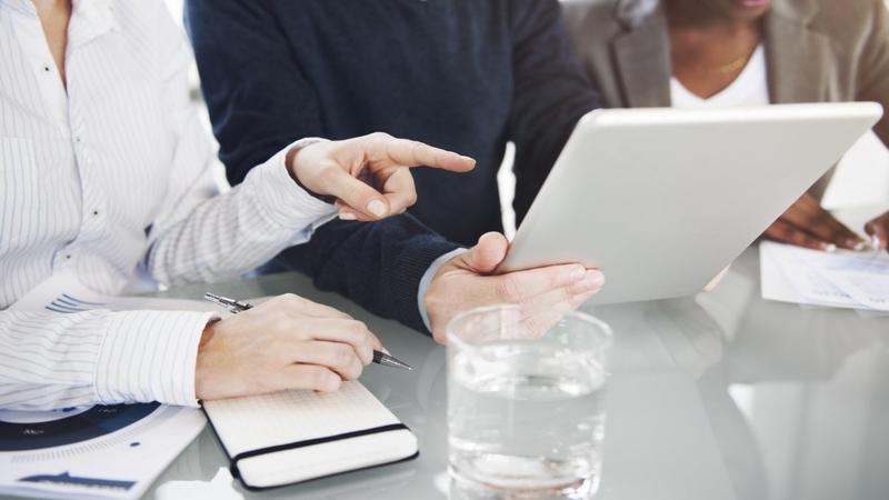 10 موردی که بهجز حقوق ماهیانه شما لیاقت دریافت آنها را از شغلتان دارید